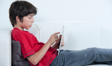 Screen time linked to weaker bones in teen boys